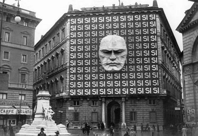 MTU4NDQyMQ8484historical-photos-pt7-benito-mussolini-rome-headquarters