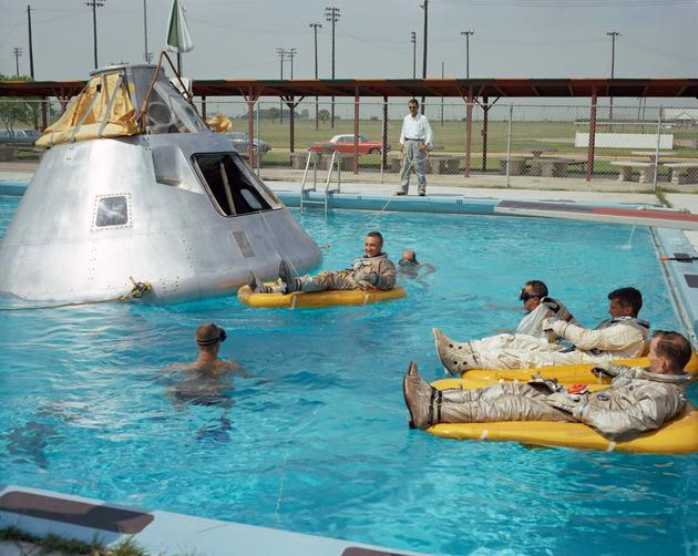 OTY5MTExhistorical-photos-pt7-apollo-1-crew-members-rehearsing-june-1966